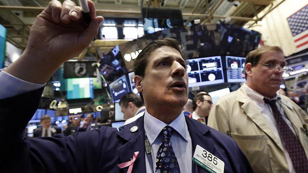 Trader an der US-Technologiebörse Nasdaq können künftig auch die Aktien des Schweizer Unternehmens AC Immune handeln. (Archivbild)