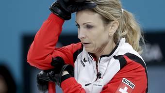 Skip Silvana Tirinzoni kam im Match gegen die Finninnen ins Grübeln