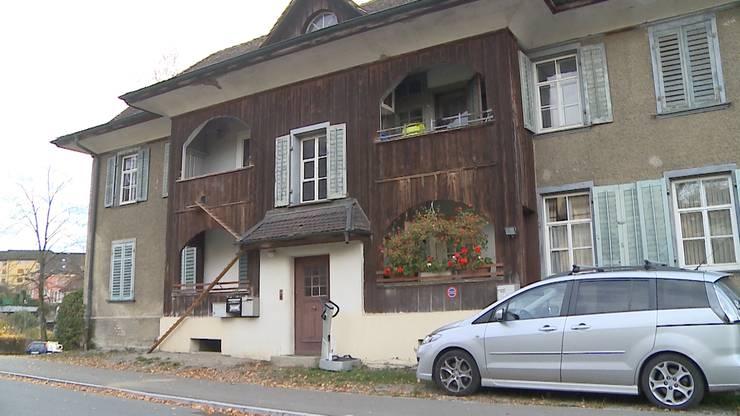 In diesem Haus in Wohlen kam es zu dem Streit zwischen Nachbarn.