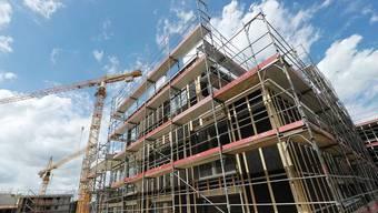 Wohnungsbau ist teurer geworden. Vor allem für Heizungen, Lüftung und Klimaanlagen mussten die Zürcher tiefer in die Tasche greifen. (Symbolbild)