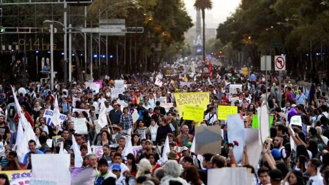 Demonstrationsmarsch für die 43 verschleppten Studenten