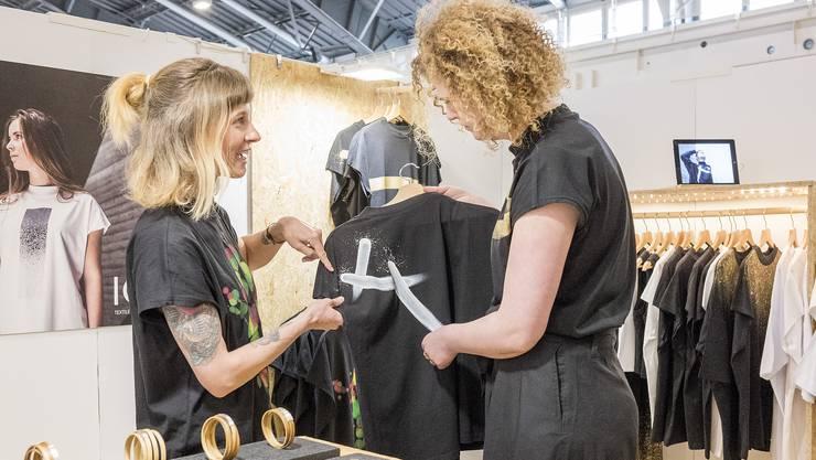 Dieses Wochenende findet die Designmesse Blickfang in Basel statt.