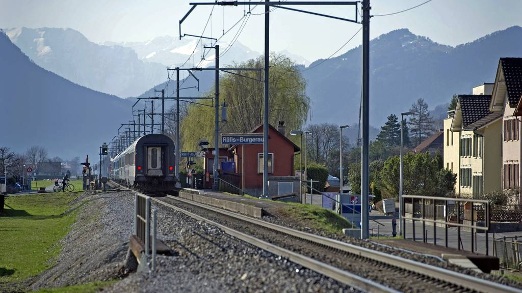 Im Rheintal kommt es derzeit zu Verspätungen im Zugverkehr.