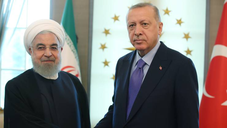 Der türkische Präsident Recep Tayyip Erdogan hat sich im Rahmen des Syrien-Gipfels mit seinem iranischen Amtskollegen Hassan Ruhani getroffen.