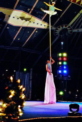 Die internationalen Artisten zogen das Publikum in seinen Bann.