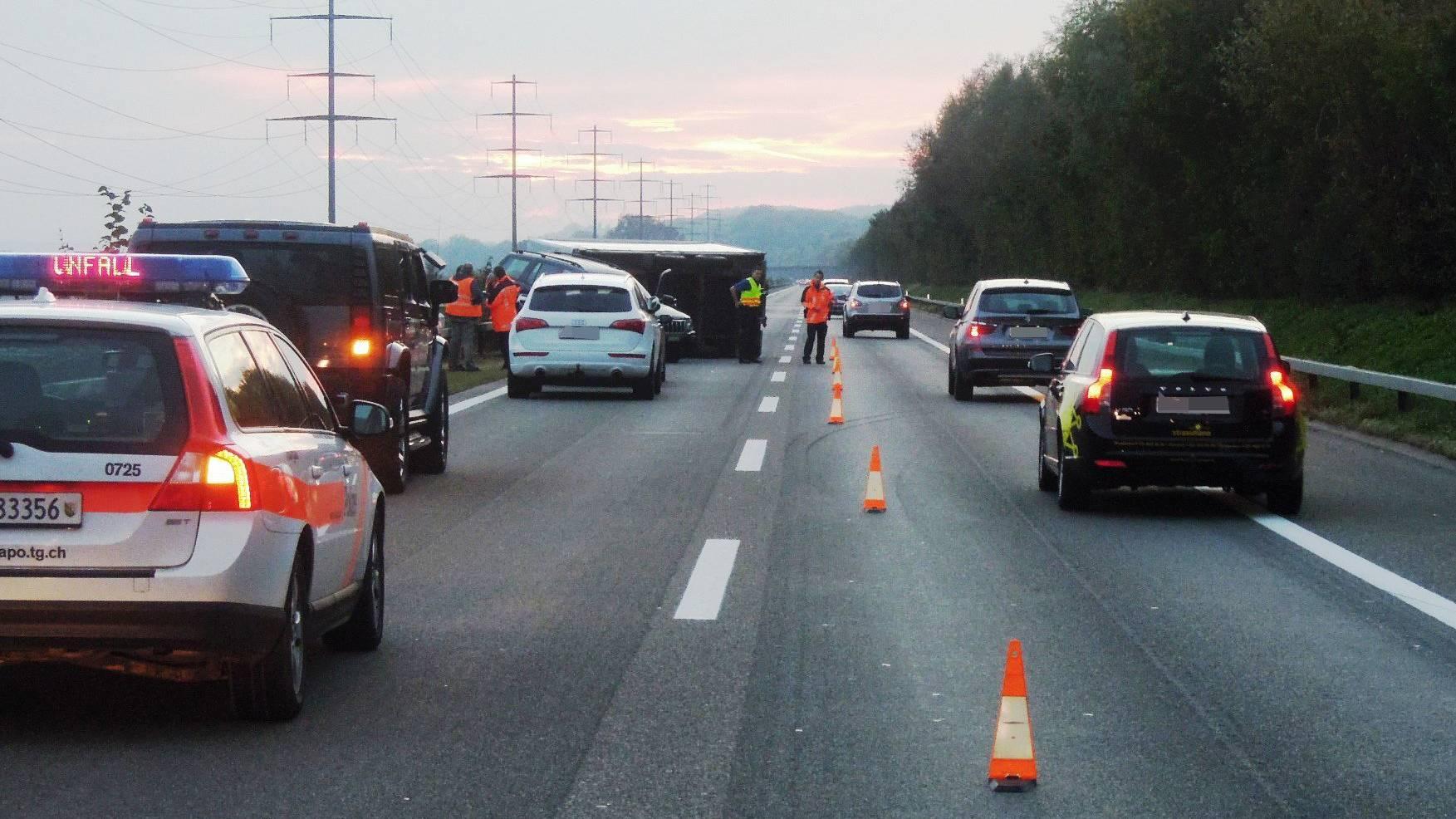 Der 48-jährige Autofahrer wurde beim Unfall leicht verletzt.