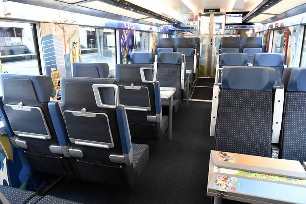 Innenansicht des neuen Gotthardzugs Giruno: das Kinderabteil.