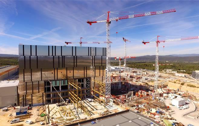 Gigantisches Projekt: Mitten in der Provence wird der Versuchsreaktor gebaut.