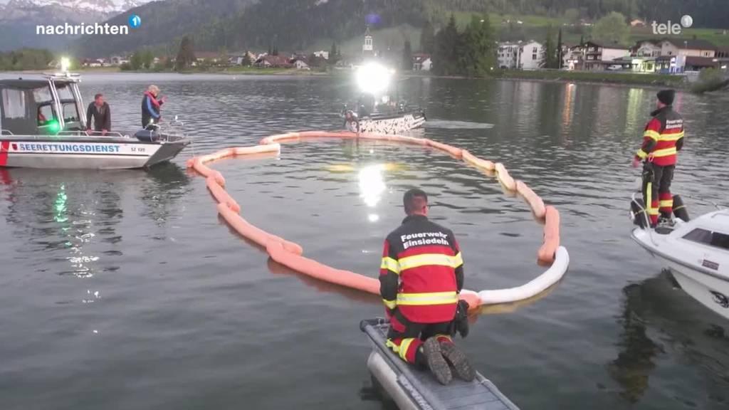 Auto rollt in den Sihlsee und versinkt