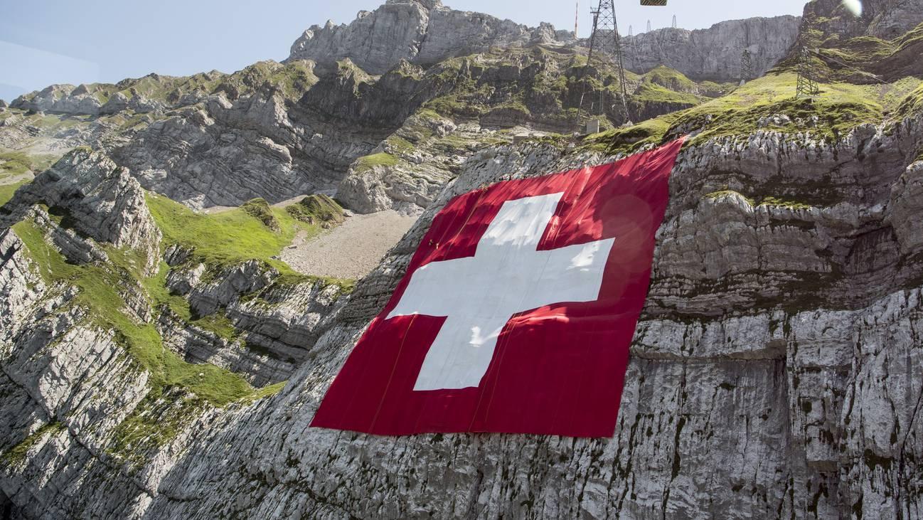 Schweiz Säntis Schweizer Fahne