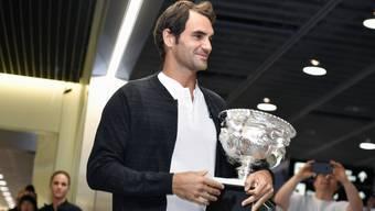 Ausnahmesportler, Tennislegende und bald Filmstar? Regisseur This Lüscher will Roger Federer ein filmisches Denkmal setzen. (Archivbild)