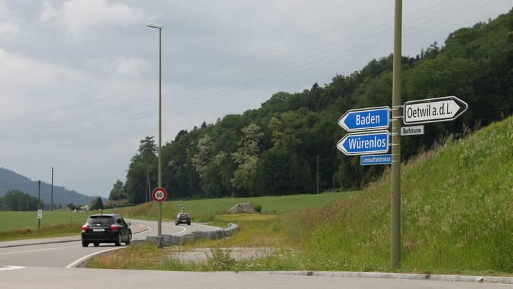 Zehn Minuten mit dem Velo und 50 mit dem öffentlichen Verkehr. Der Weg nach Würenlos bleibt lange. sar
