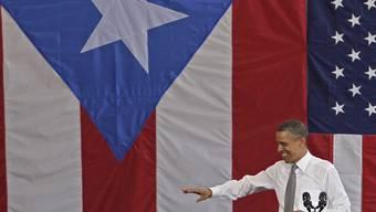 US-Präsident Barack Obama vor der puertoricanischen Flagge in San Juan