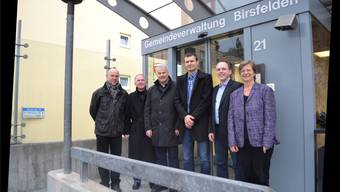 Walter Märki, Jürg Wiedemann, Claudio Botti, Christof Hiltmann, Simon Oberbeck, Regula Meschberger und die abwesende Brigitte Schafroth (parteilos): Sie sitzen aktuell im Birsfelder Gemeinderat.