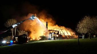 Der Bauernhof in Rechthalten stand am Dienstagabend in Flammen.