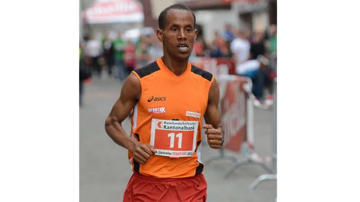 Sieger bei den Mönnern: Oqubit Berhane.