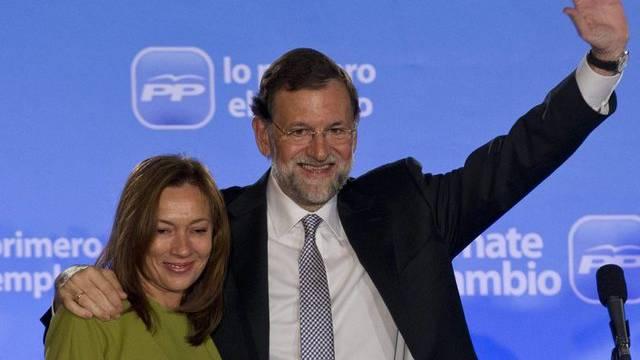 Spaniens künftiger Regierungschef Mariano Rajoy mit Ehefrau Elvira