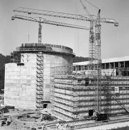 Die Baustelle des Atomkraftwerks Mühleberg im Kanton Bern, aufgenommen im Jahr 1969.