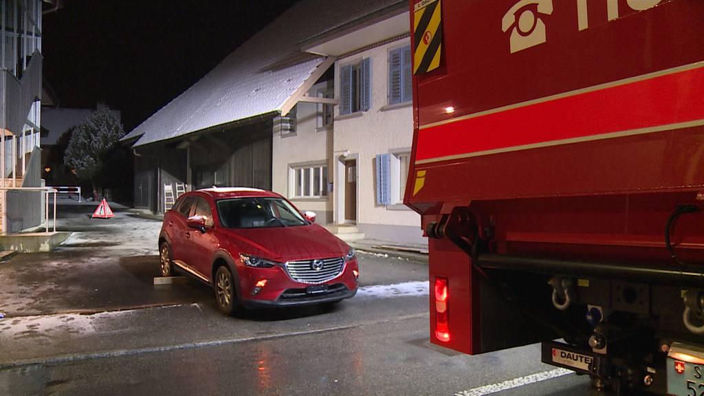 Erlinsbach (SO): Frau von Auto überrollt und schwer verletzt
