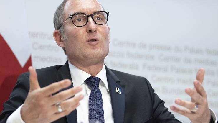 Christian Rathgeb, Präsident der Konferenz der Kantonsregierungen, spricht an einer Medienkonferenz in Bern.