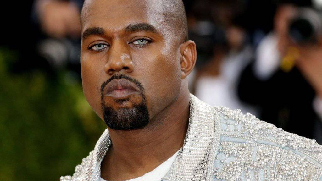 Wenn es um ihn selber geht, kriegt Kanye West den Tunnelblick. In der Nacht auf Montag verlangte er allen Ernstes, dass vier Strassenblocks in New York abgesperrt werden, damit seine Fans ihn feiern können. (Archivbild)