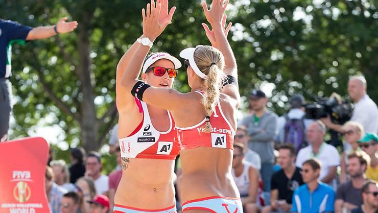 Joana Heidrich (links) und Anouk Vergé-Dépré wollen an der WM in Wien noch weit kommen
