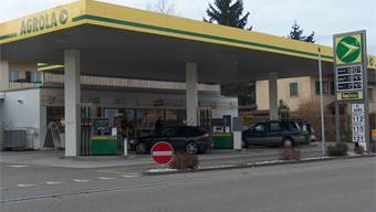 Die AGROLA Tankstelle Möhlin Sonnenberg (mit Shop) an der Landstrasse 48 in 4313 Möhlin.