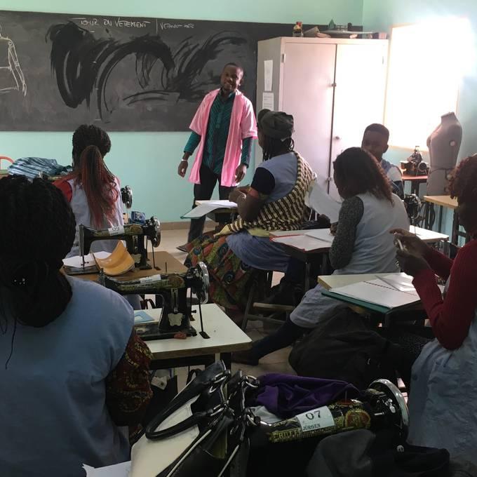 Schulbesuch «nas mode»