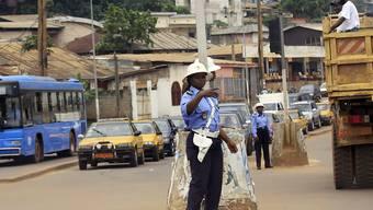 Der mutmassliche Täter ist von den kamerunischen Polizei in Yaoundé in Haft genommen worden (Archivbild von Yaoundé)