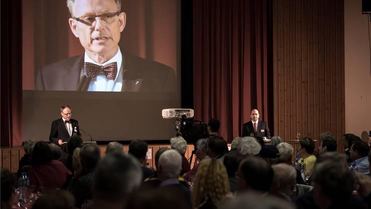 Verwaltungsratspräsident Matthias Miescher (l.) und Giancarlo Grifone informierten über die geplante Fusion.