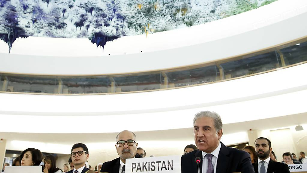 Der pakistanische Aussenministers Shah Mehmood Qureshi verurteilte vor dem Uno-Menschenrechtsrat in Genf, dass Indien dem von Neu Delhi kontrollierten Teil Kaschmirs Anfang August die Teilautonomie entzogen hat. Das Leben der Einwohner Kaschmirs und ihre Lebensart seien bedroht.