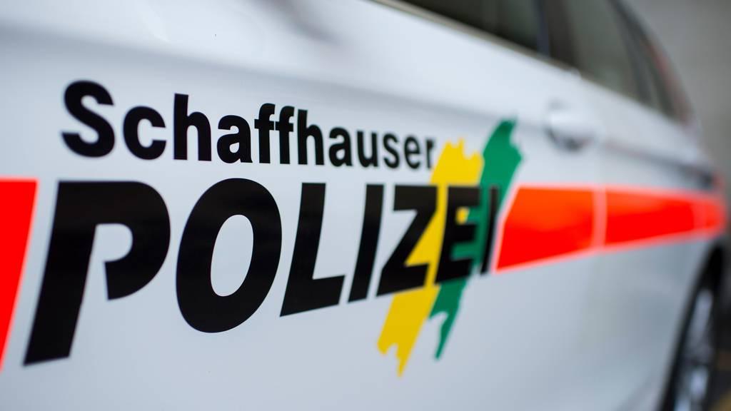 Die Polizei konnte den fehlbaren Fahrzeuglenker ausfindig machen, braucht aber noch Informationen zum Unfallhergang. (Symbolbild)