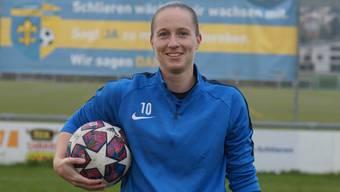 Céline Bürgisser spielt seit 13 Jahren auf dem Schlieremer Zelgli: Sie erlebte schöne Siege, aber auch bittere Niederlagen.