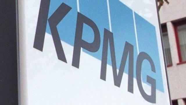 Das Logo der KPMG (Archiv)