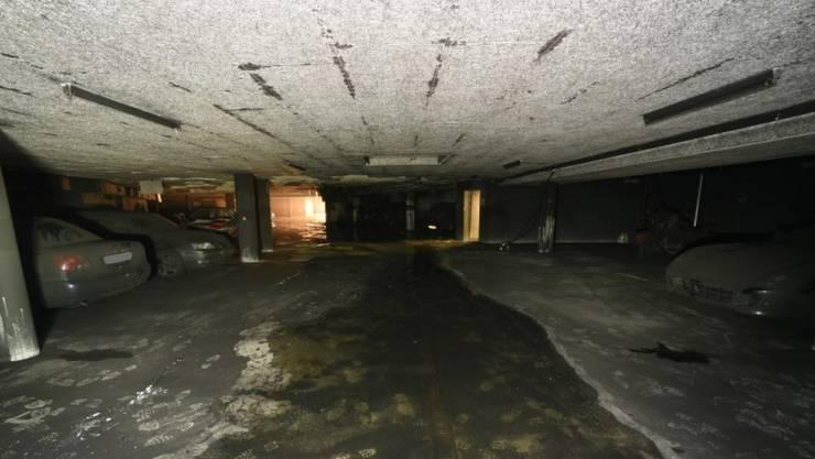 So könnte die Tiefgarage heute etwa aussehen: Wegen eines Brandes wurden 13 Wohnungen evakuiert (Archiv).