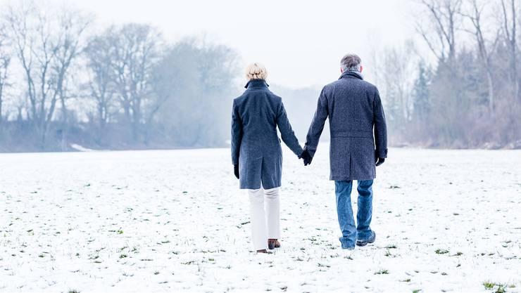 Kälte allein kann keine Blasenentzündung verursachen sagt Dr. med. Tilemachos Kavvadias.