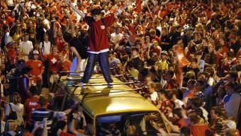 Auch in Winterthur – auf dem Bild feiern Nati-Fans den 2:0-Sieg 2006 gegen Südkorea – wurden bis jetzt nur vereinzelte Lärmklagen verzeichnet.