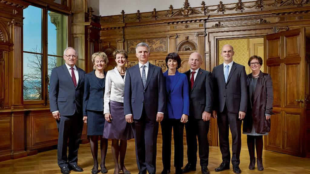 Bundesrat bald mit neun Mitgliedern?