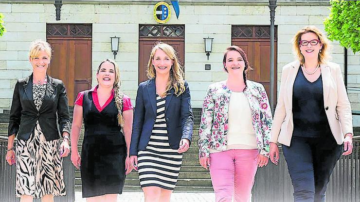 Nicole Müller-Boder, Martina Bircher, Michaela Huser, Stefanie Heimgartner und Désirée Stutz (SVP) führten einen Frauenwahlkampf, sind aber gegen Quoten.