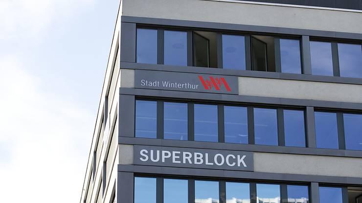 Die Stadt Winterthur dürfte ohne gültiges Budget ins neue Jahr starten. Auslöser dafür war die geplante Steuererhöhung. Nun muss der Stadtrat über die Bücher. (Symbolbild)