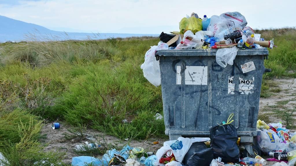 14'000 Tonnen Plastik landen pro Jahr in der Natur