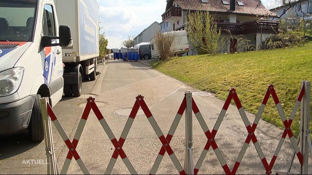 Polizei-Grosseinsatz: Weshalb besitzt ein 52-Jähriger in Dürrenäsch riesige Mengen Chemikalien?