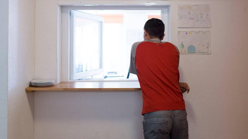 Alle hängigen Asylverfahren sollen bis nach der Corona-Krise pausiert werden
