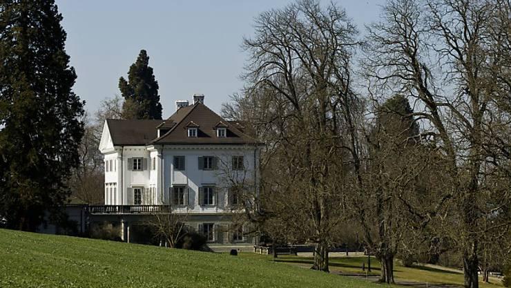 Rolf Erb muss mit seiner Familie aus Schloss Eugensberg in Salenstein ausziehen - und zwar spätestens bis am 1. Mai. Das Bundesgericht hat eine Beschwerde gegen den vom Konkursamt verfügten Auszug abgewiesen. (Archivbild)