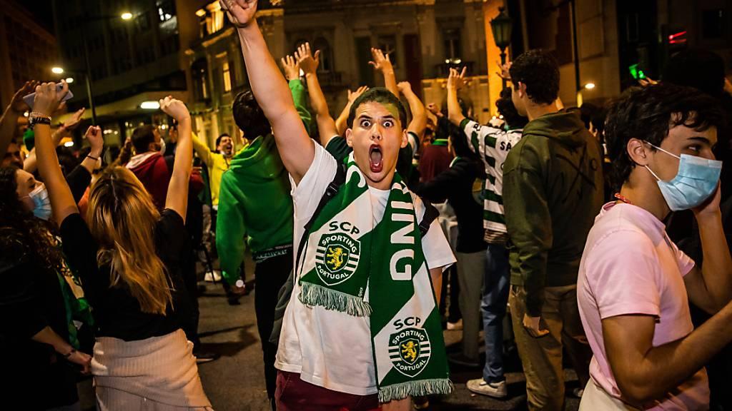 Sporting Lissabon erstmals seit 19 Jahren Meister