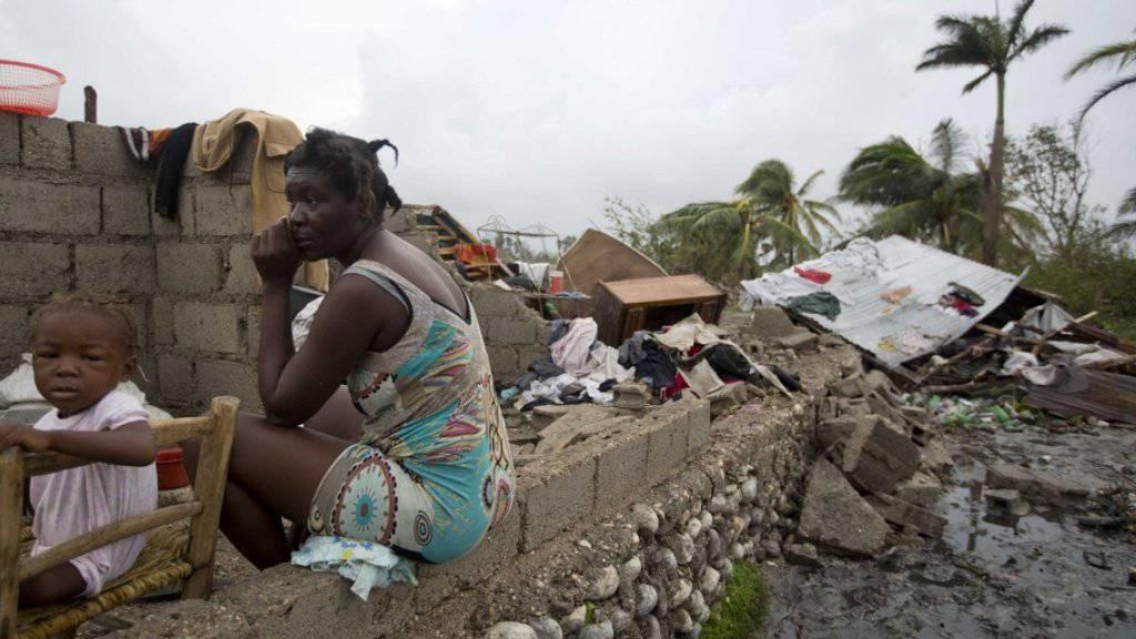 In Haiti hat der Wirbelsturm «Matthew» stark gewütet und tausende Menschen obdachlos gemacht. In Florida machen sich die Menschen deshalb auf das Schlimmste gefasst. Millionen sind auf der Flucht.