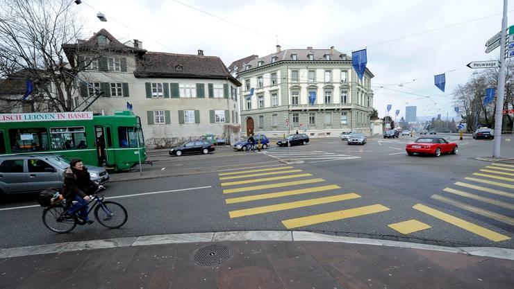 Neue Parkings in Basel, Foto Kenneth Nars: In der Naehe des Kunstmuseums Basel und der Dufourstrasse soll ein neues unterirdisches Parking entstehen.