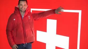 Der ehemalige Olympiateilnehmer Mike Kurt vor dem House of Switzerland in Pyeongchang. Er ist Exekutivrat bei Swiss Olympic und sitzt im vierköpfigen Ausschuss für die Olympiakandidatur «Sion 2026».