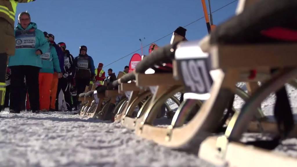 In Österreich wurde am Sonntag die längste Rodlerkette der Welt gebildet.