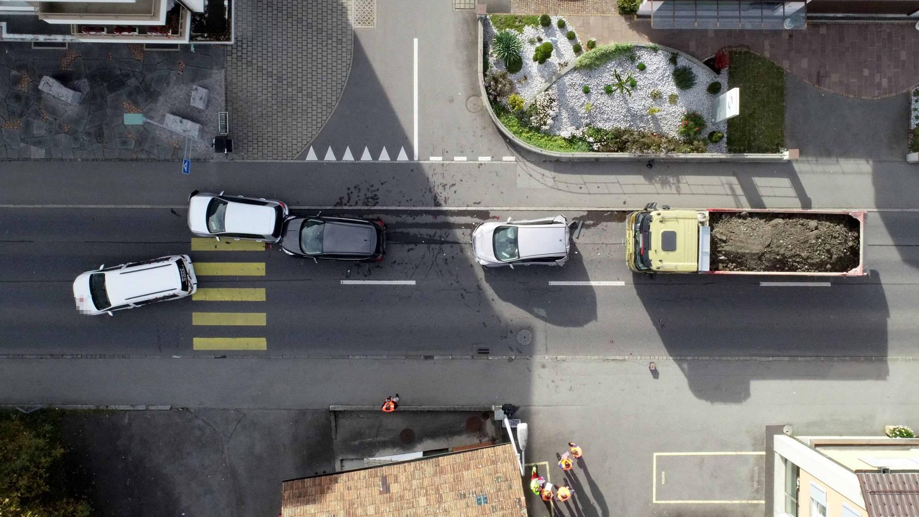 In Stans kam es am Dienstag zu einem Unfall mit mehreren Fahrzeugen.